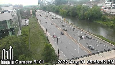 Webcam of Don Valley Parkway at Dundas