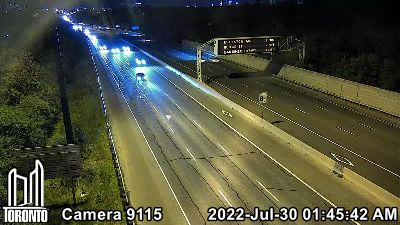 Webcam of Don Valley Parkway at Three Valleys