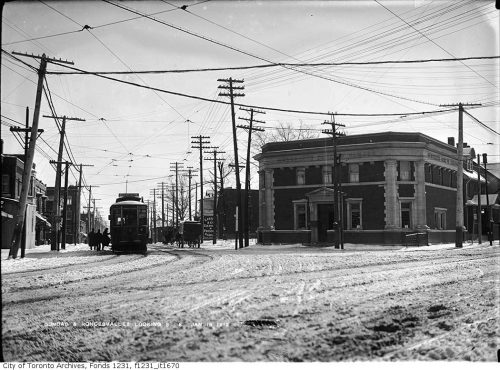 Intersection of Dundas Street and Roncesvalles Avenue, looking south-east