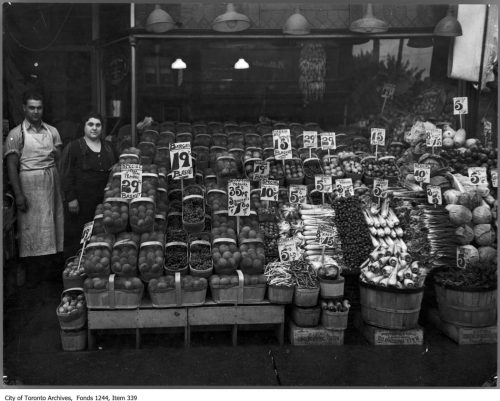 Greengrocer's on Danforth Avenue