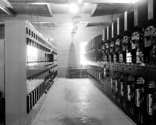 Signal control room