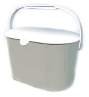 Kitchen container with handle to dispose of organic waste