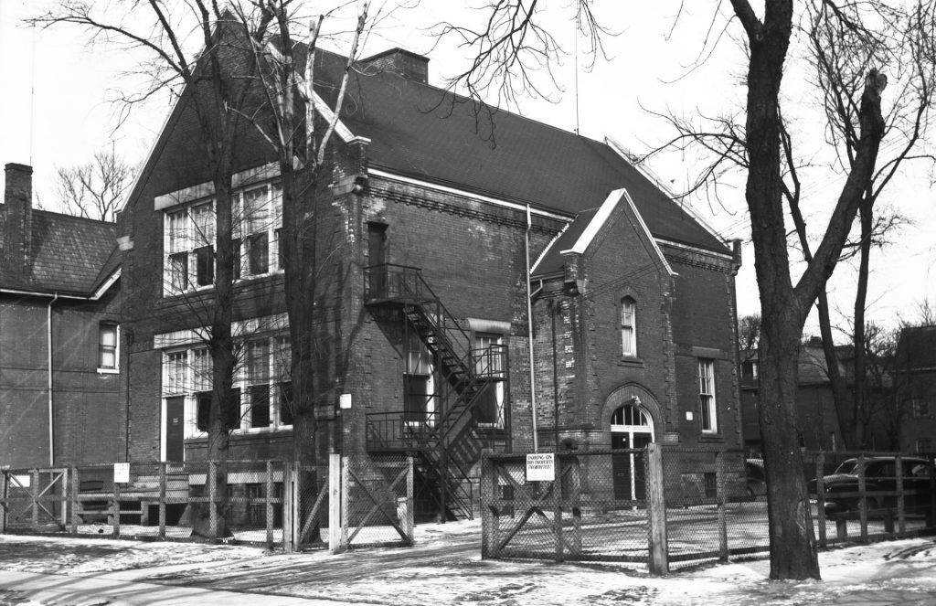 Schoolhouse, east side of George Street 1955, still remains today.