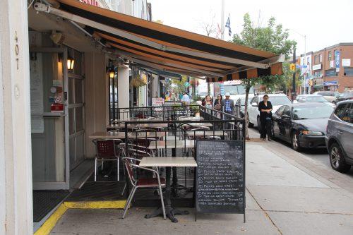 Image of a sidewalk cafe