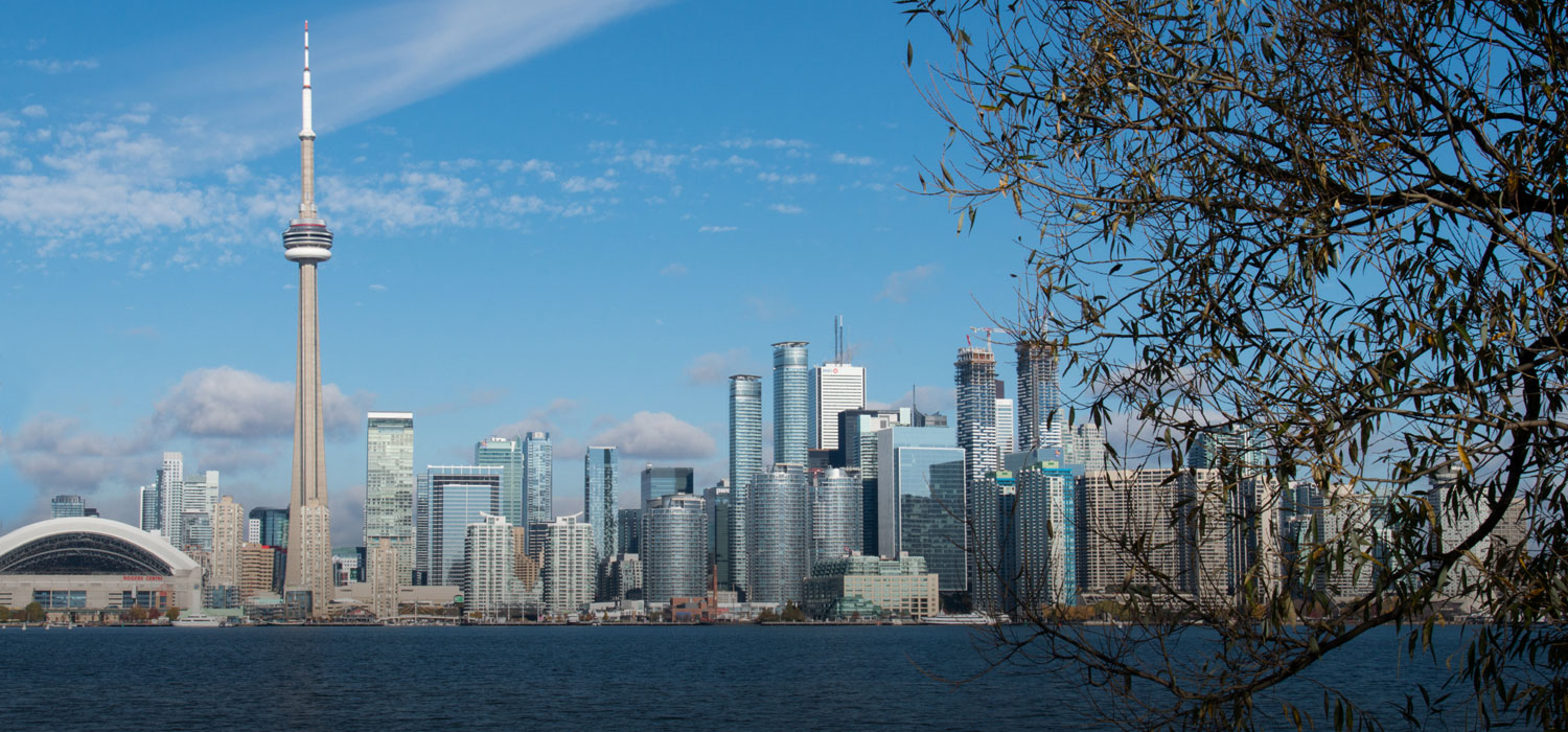 Colour photo of the Toronto skyline as seen from Centre Island