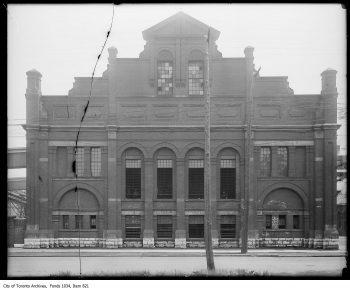 1922 Retort House before the renovation.