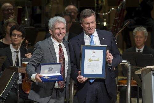 Peter Oundjian is presented with the Key to the City by Mayor Tory.