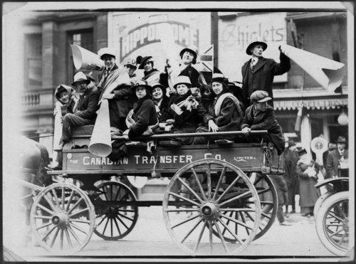 Wagon full of Armistice Day celebrants