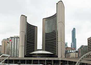Toronto City Hall from Nathan Phillips Square