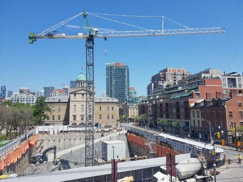 Photo of the tower crane installation complete
