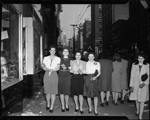Women celebrating VE Day