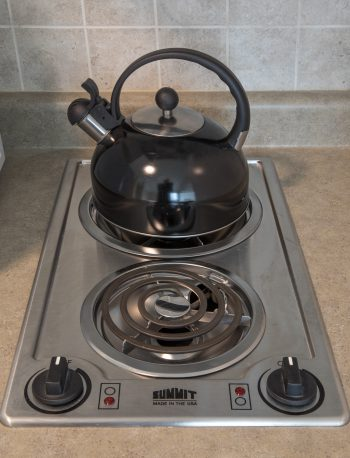 kettle and electric stove element in 11 Macey Ave unit