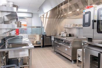 stainless steel kitchen appliances